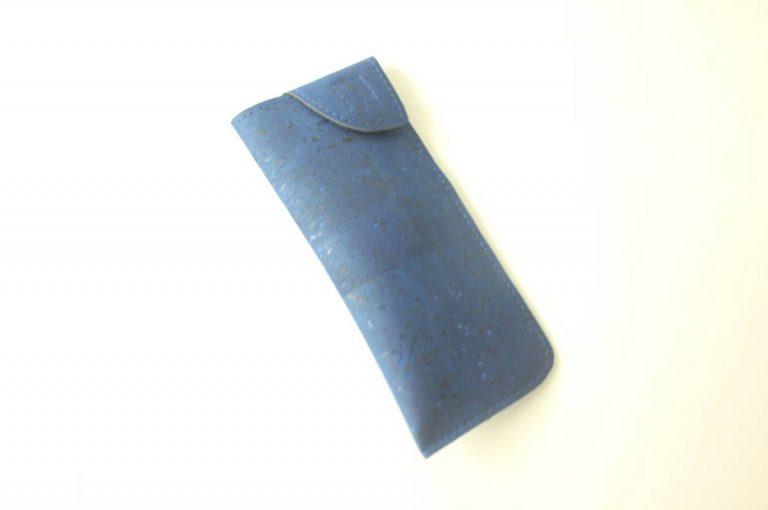 Bolsa para óculos, em tecido de cortiça, azulão